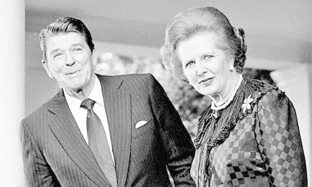 O ex-presidente americano Ronald Reagan e a ex-primeira-ministra britânica Margareth Thatcher em 1982 Foto: Gerald Penny / AP