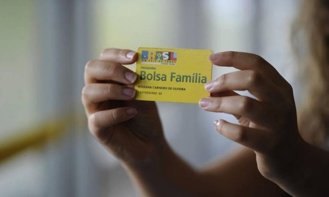 Cartão do Bolsa Família Foto: Jefferson Rudy/Agência Senado