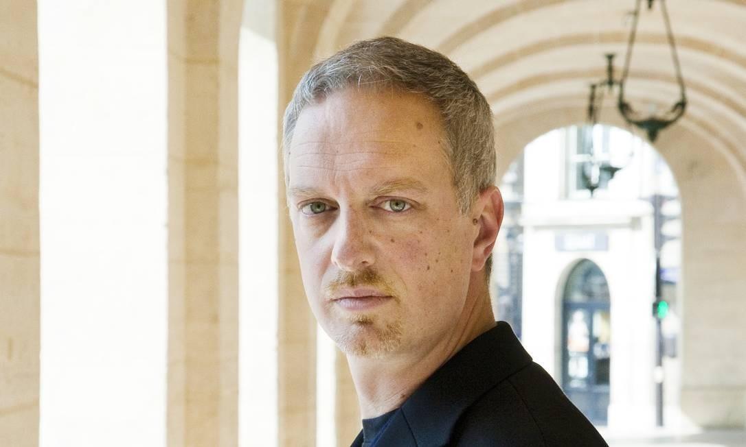 """O escritor italiano Antonio Scurati, autor de """"M, o filho do século"""" (Intrínseca), em Paris Foto: Philippe Matsas / © Philippe Matsas"""