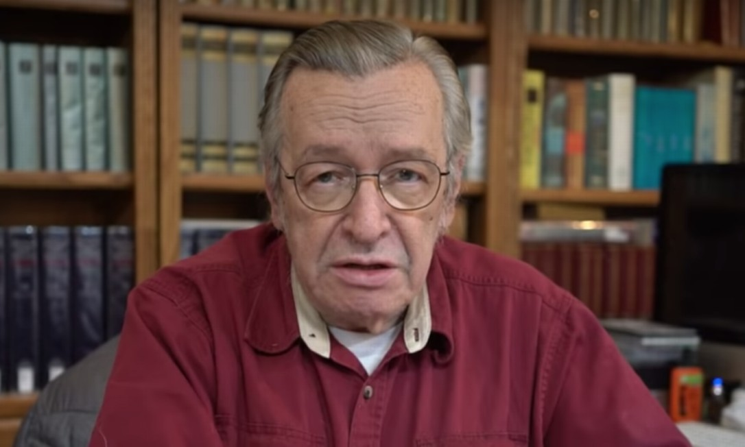 O escritor Olavo de Carvalho Foto: Reprodução/Youtube