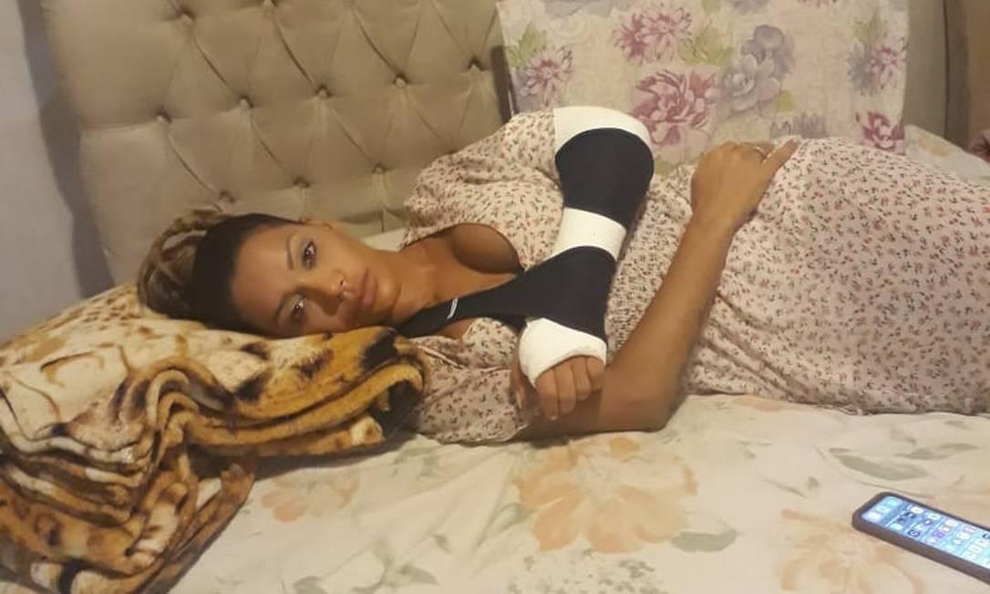 Ana Paula Evangelista, que desfila pela Unidos da Tijuca, se machucou após a correria na dispersão Foto: Divulgação
