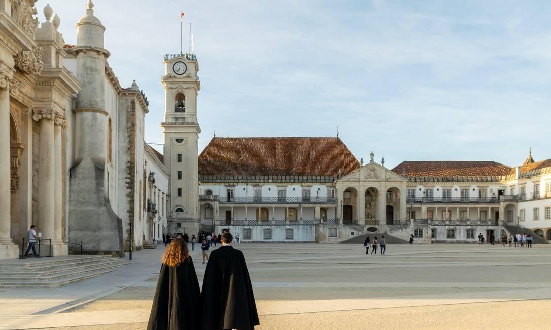 Brasileiros realizam o sonho de estudar na Universidade de Coimbra Foto: Henrique Patrício/Divulgação