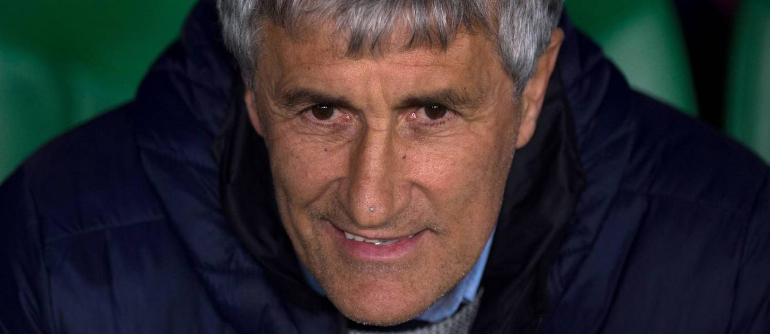 Ex-treinador do Real Betis, Quique Setién assume o Barcelona Foto: JORGE GUERRERO / AFP