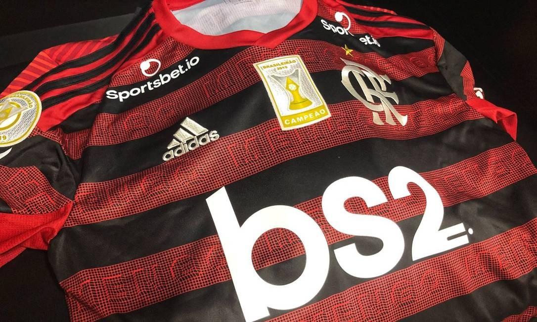 Patch de campeão brasileiro no uniforme do Flamengo Foto: Divulgação/Flamengo