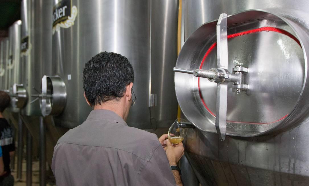 Foto de 2014 da Cervejaria Backer, investigada pela presença de substância tóxica nas cervejas Foto: FramePhoto / Agência O Globo