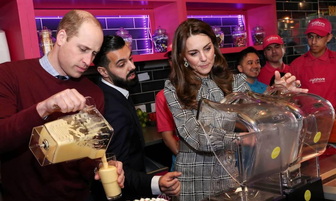 Os dois estiveram também num restaurante paquistanês na cidade Foto: Chris Jackson / Getty Images