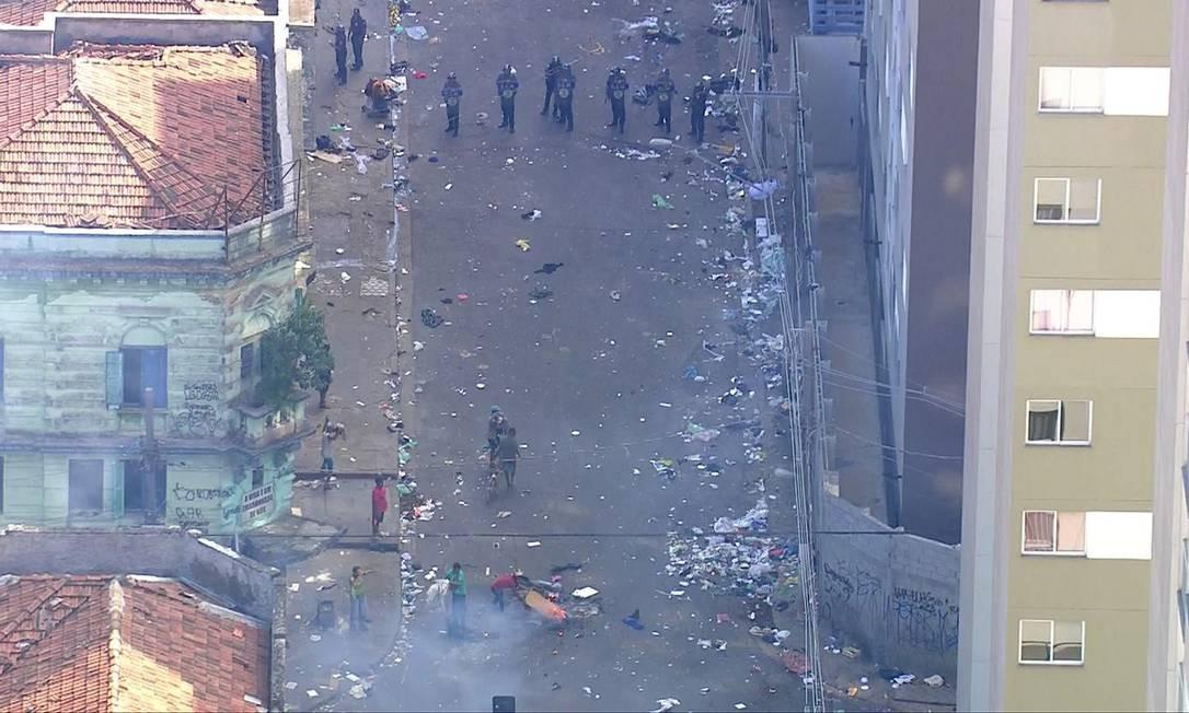 Polícia de São Paulo faz operação na cracolândia em São Paulo Foto: Reprodução/TV Globo