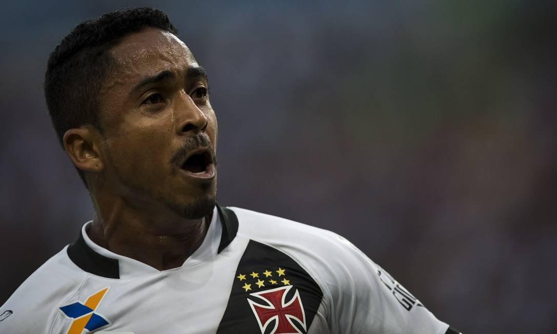 Primeira partida da Final do Campeonato Carioca 2016 entre Botafogo e Vasco da Gama. Foto: Guito Moreto / Agência O Globo