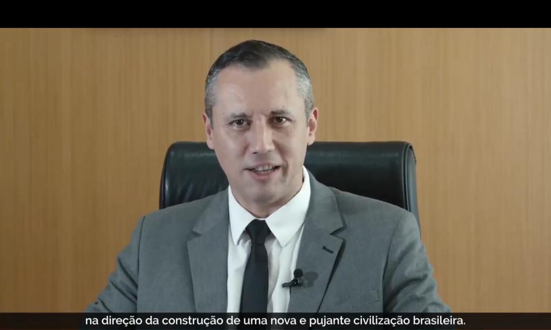 O secretário especial de Cultura, Roberto Alvim, durante vídeo com referências nazistas Foto: Reprodução
