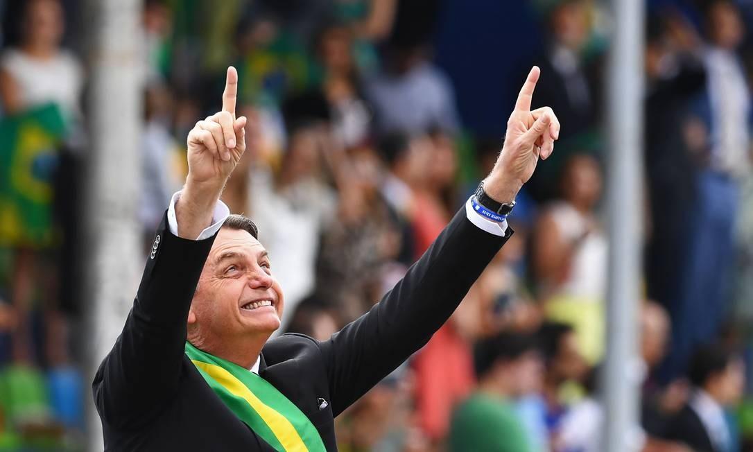 Deputados bolsonaristas usaram verba da Câmara para repassar dinheiro à empresa de mulher e filha de assessor especial de Bolsonaro Foto: EVARISTO SA / AFP