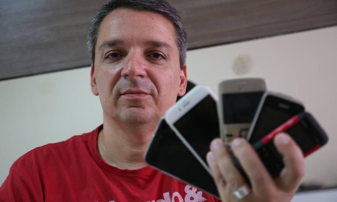 Bernardo Espindula tem mais vantagens e conta menor após trocar de operadora Foto: Pedro_Teixeira / Agência O Globo