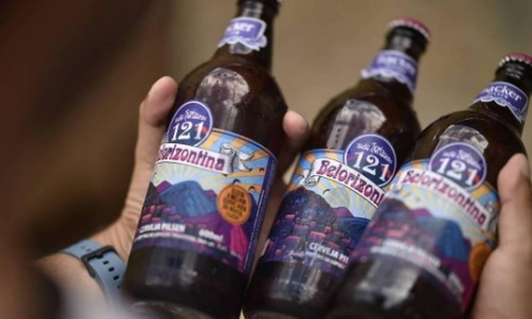 Belorizontina foi a primeira cerveja identificada com o dietilenoglicol Foto: DOUGLAS MAGNO/AFP