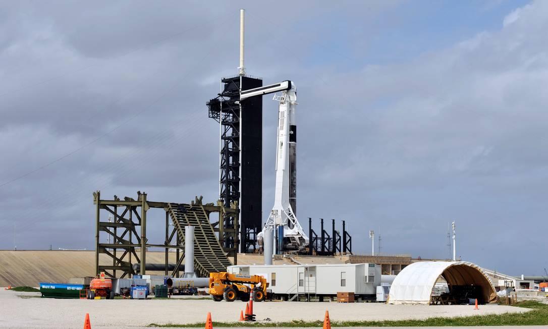 Space X se prepara para lançamento no Cabo Canaveral, na Flórida Foto: STEVE NESIUS/REUTERS
