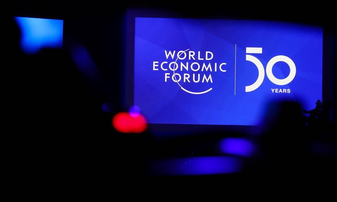 Relatório da PwC foi apresentado nesta segunda-feira, véspera do início do Fórum Econômico Mundial Foto: DENIS BALIBOUSE / REUTERS