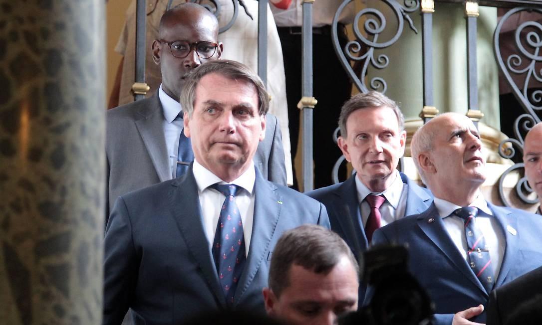 Jair Bolsonaro se encontra com Marcelo Crivella Foto: Gabriel de Paiva / Arquivo O Globo