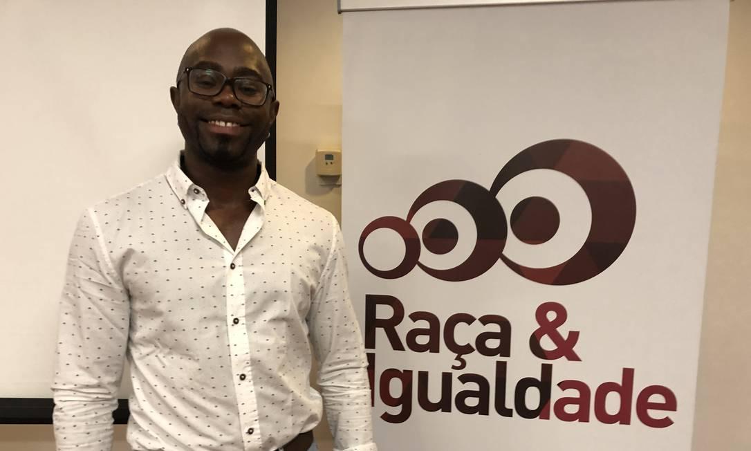 Washington Dias afirma que maioria dos gays negros luta por sobrevivência Foto: Henrique Gomes Bastista / O Globo