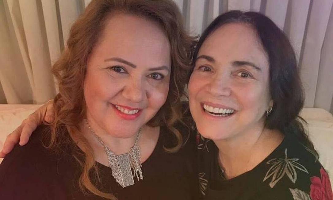 Reverenda Jane postou foto com Regina numa rede social Foto: Reprodução