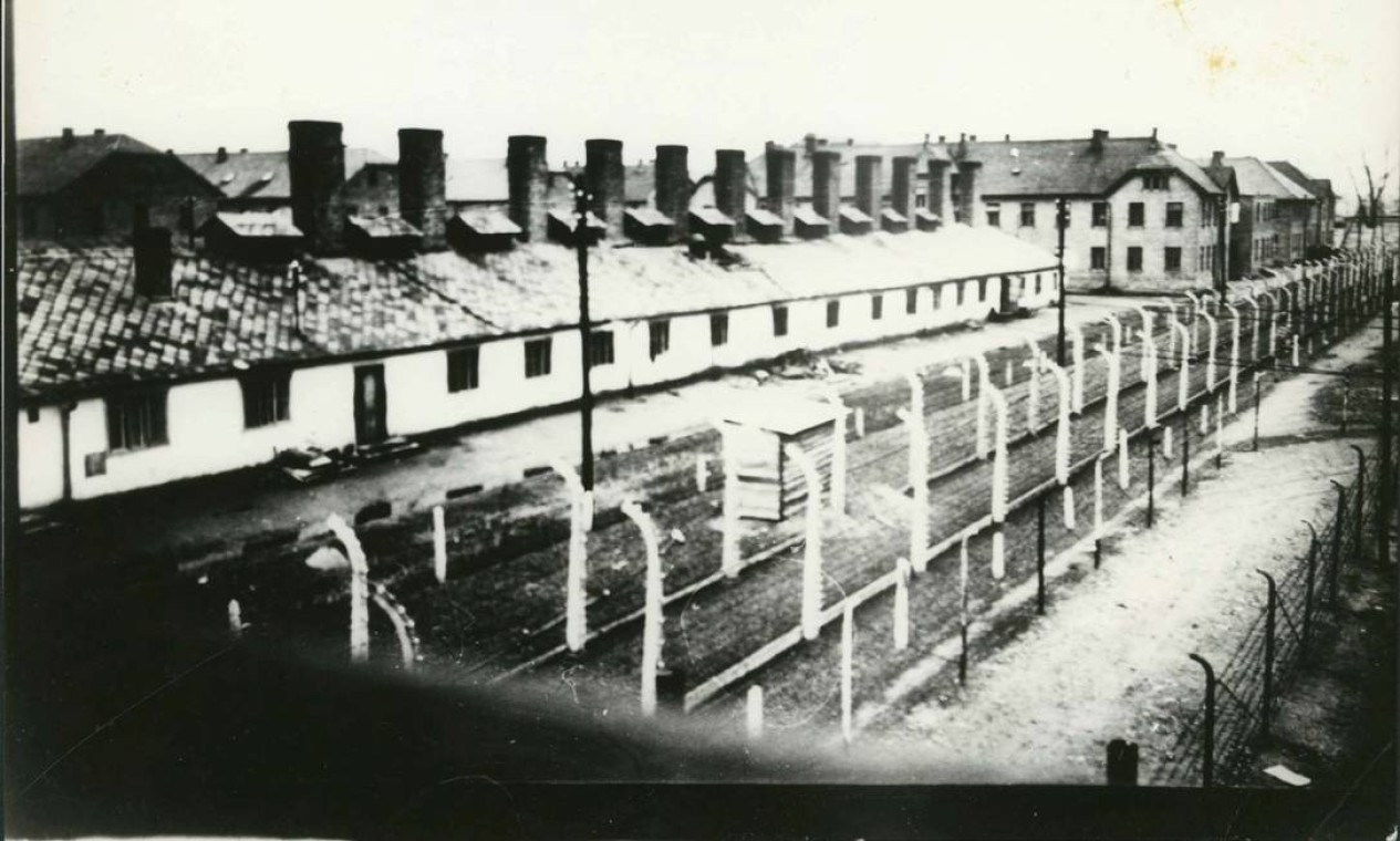 Em 27 de janeiro de 1945, Auschwitz foi liberado por tropas soviéticas Foto: YAD VASHEM ARCHIVES / VIA REUTERS