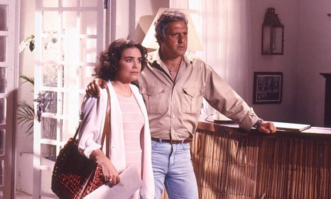 Em Vale tudo, Raquel e Ivan, um dos casais vividos por Regina Duarte e Antonio Fagundes Foto: TV Globo