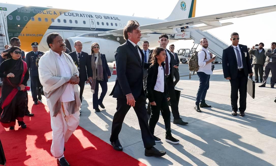 Bolsonaro desembarca em Nova Délhi, na Índia, para visita oficial de três dias. Presidente chegou por volta de 16h (7h30 de Brasília), após um voo que durou cerca de 25 horas Foto: Alan Santos / Presidência da República