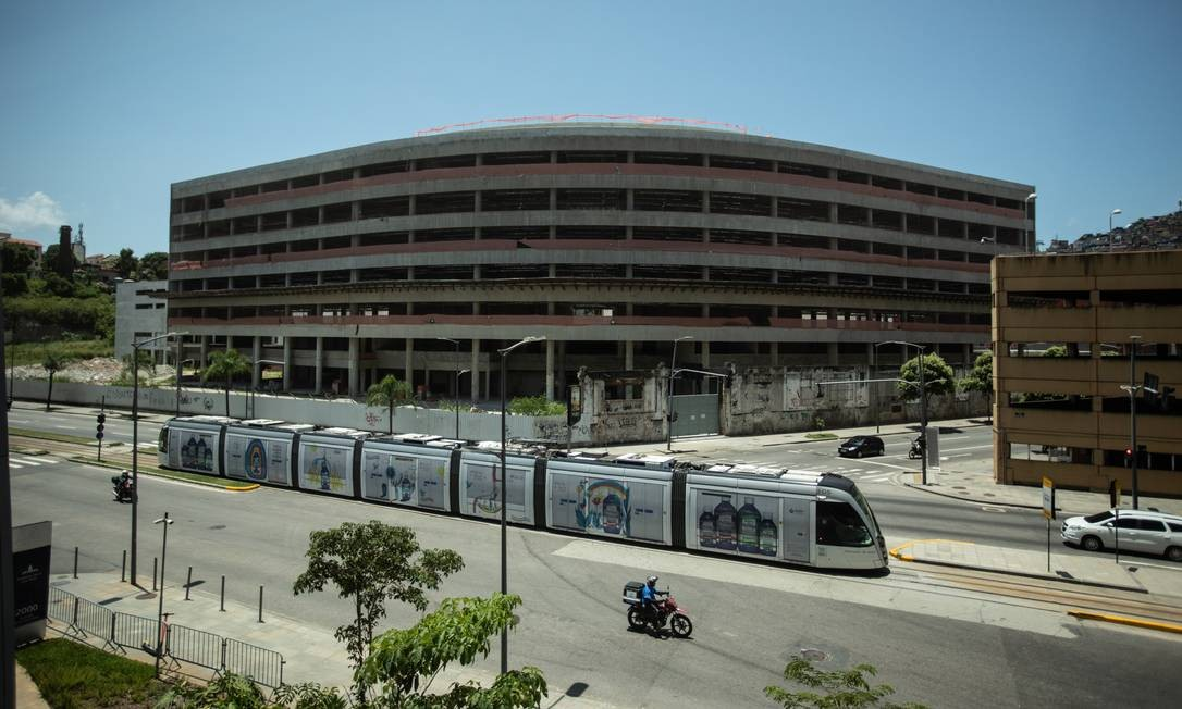 Construção da nova sede do Banco Central, iniciada em dezembro de 2010 Foto: Brenno Carvalho / Agência O Globo