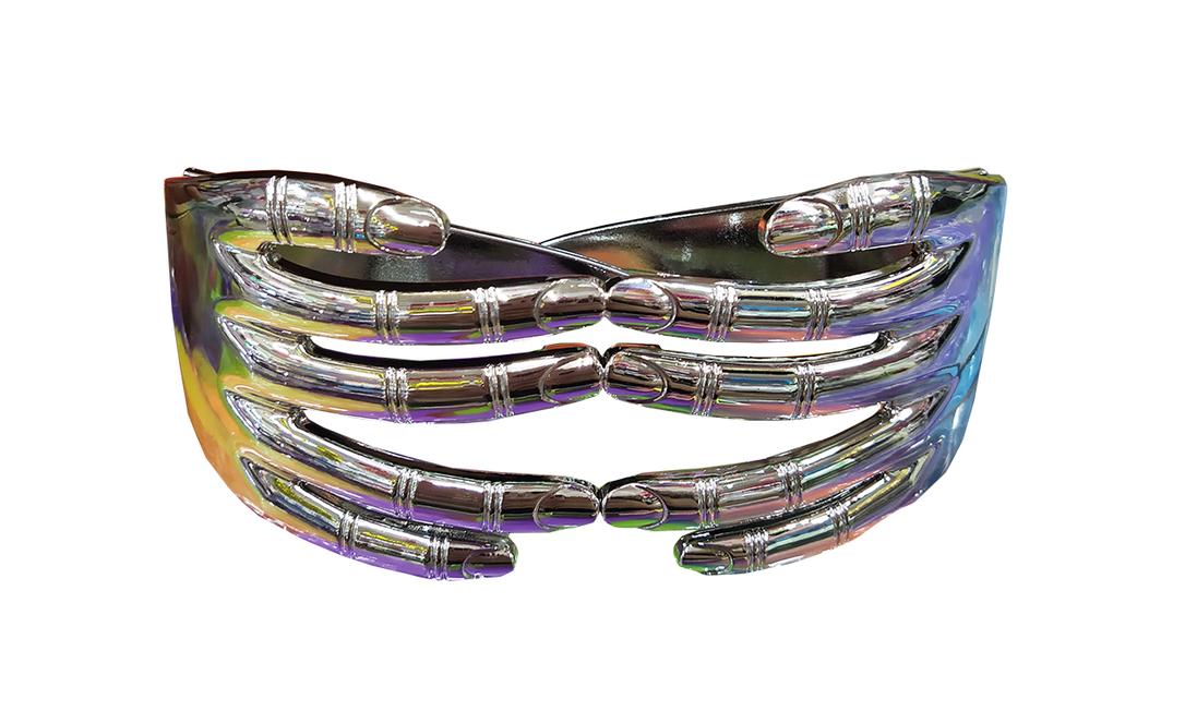 Óculos em forma de mão: R$ 7 Onde encontrar: Saara Festas, Rua da Alfândega, 272 Foto: Ana Clara Veloso / Agência O Globo