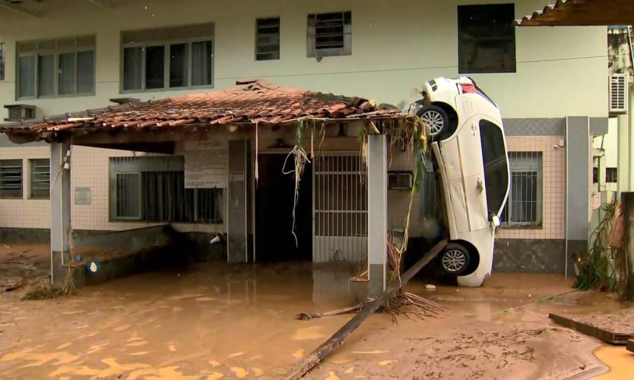 Mais de 8 mil pessoas estão fora de suas casas devido às chuvas no Espírito Santo Foto: Reprodução / TV Gazeta