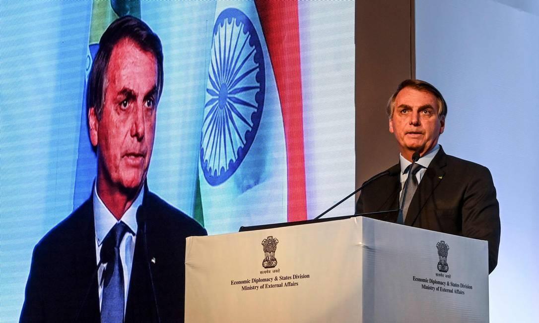 O presidente Jair Bolsonaro fala durante o Fórum de Negócios Índia-Brasil, em Nova Délhi, nesta segunda-feira, 27 de janeiro Foto: Money Sharma / AFP