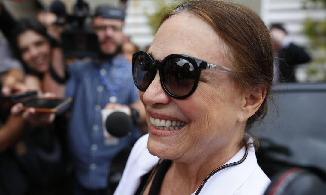 A atriz Regina Duarte em Brasília, onde foi para conhecer a rotina da secretaria de Cultura Foto: Sergio Lima / AFP