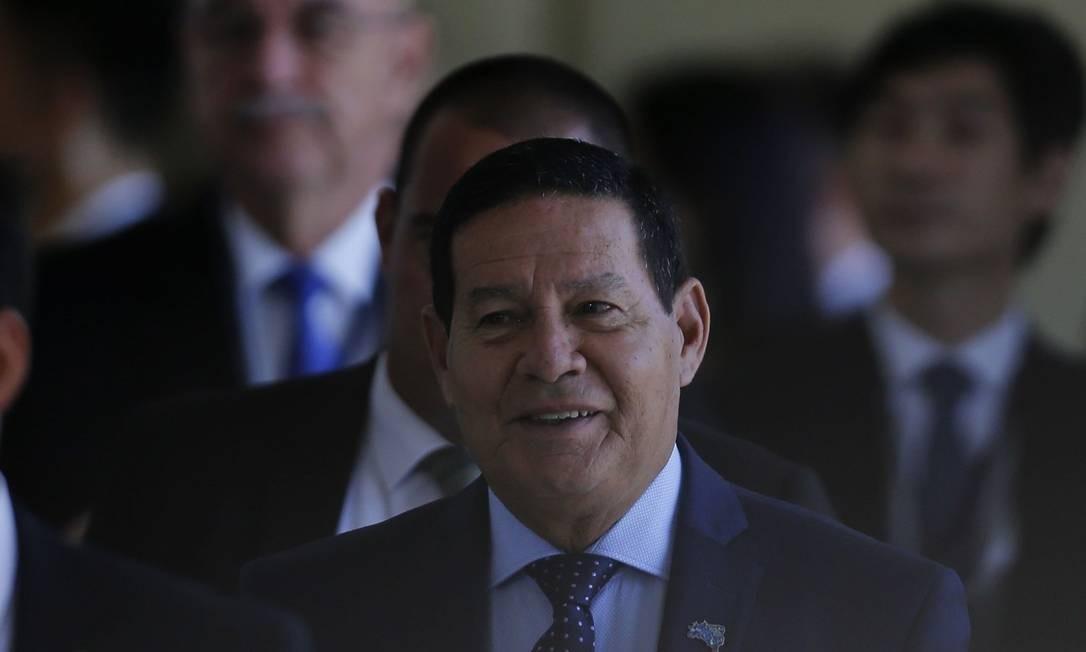 Presidente em exercício, Hamilton Mourão Foto: Jorge William / Agência O Globo - 13-11-2019