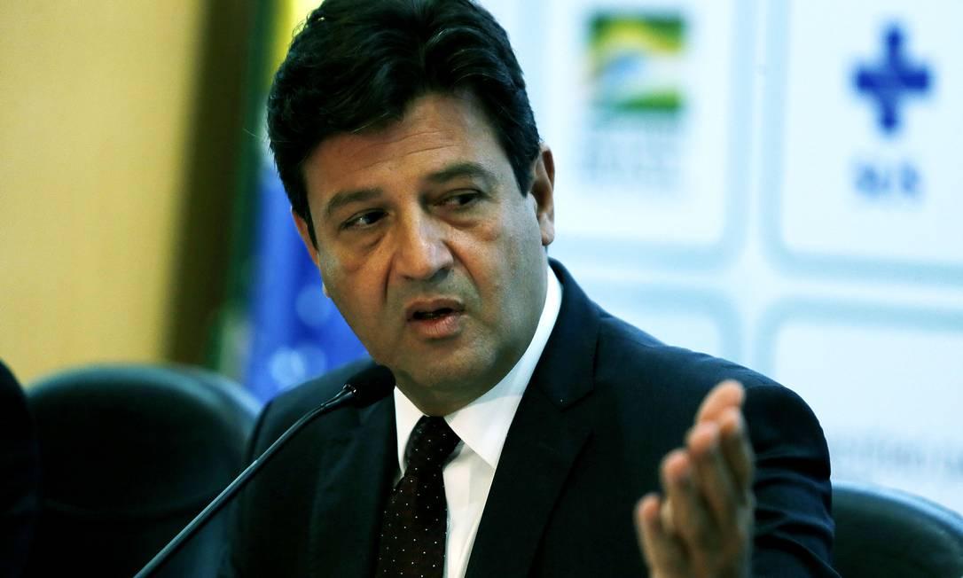 O ministro da Saúde, Luiz Henrique Mandetta, destaca as ações que estão sendo implementadas no país Foto: Jorge William / Agência O Globo
