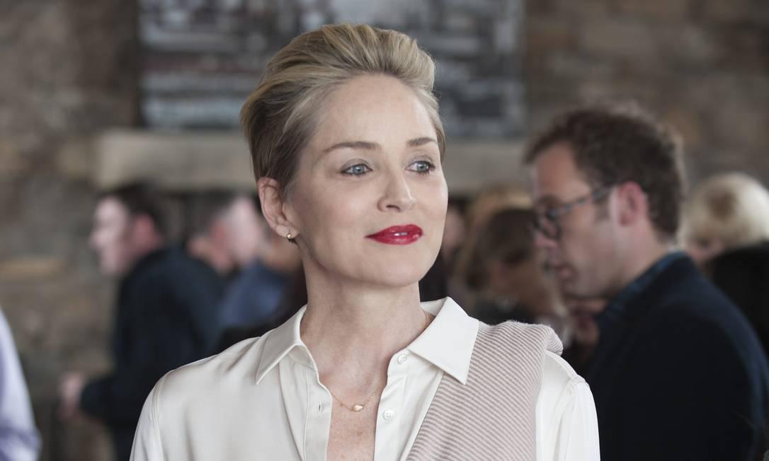 """Atriz Sharon Stone em cena da série """"Mosaic"""" Foto: Claudette Barius / HBO"""