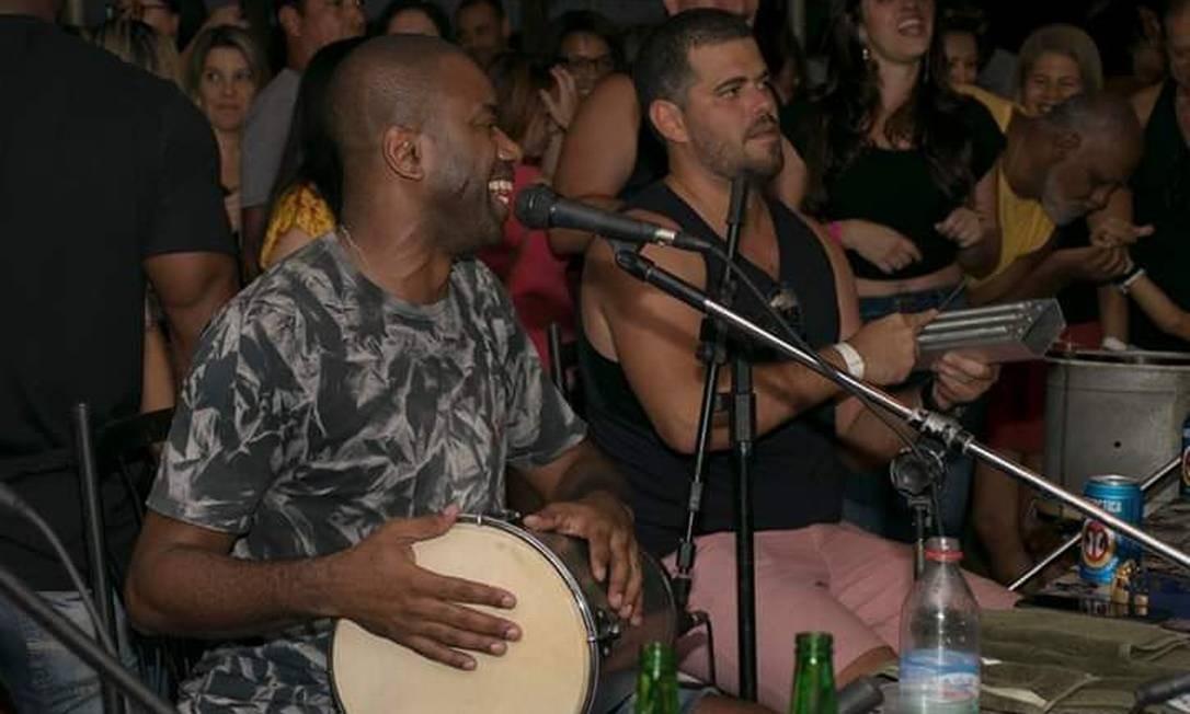 A roda de samba do Mikimba será a atração musical desta sexta-feira Foto: Divulgação / Festival de Boteco