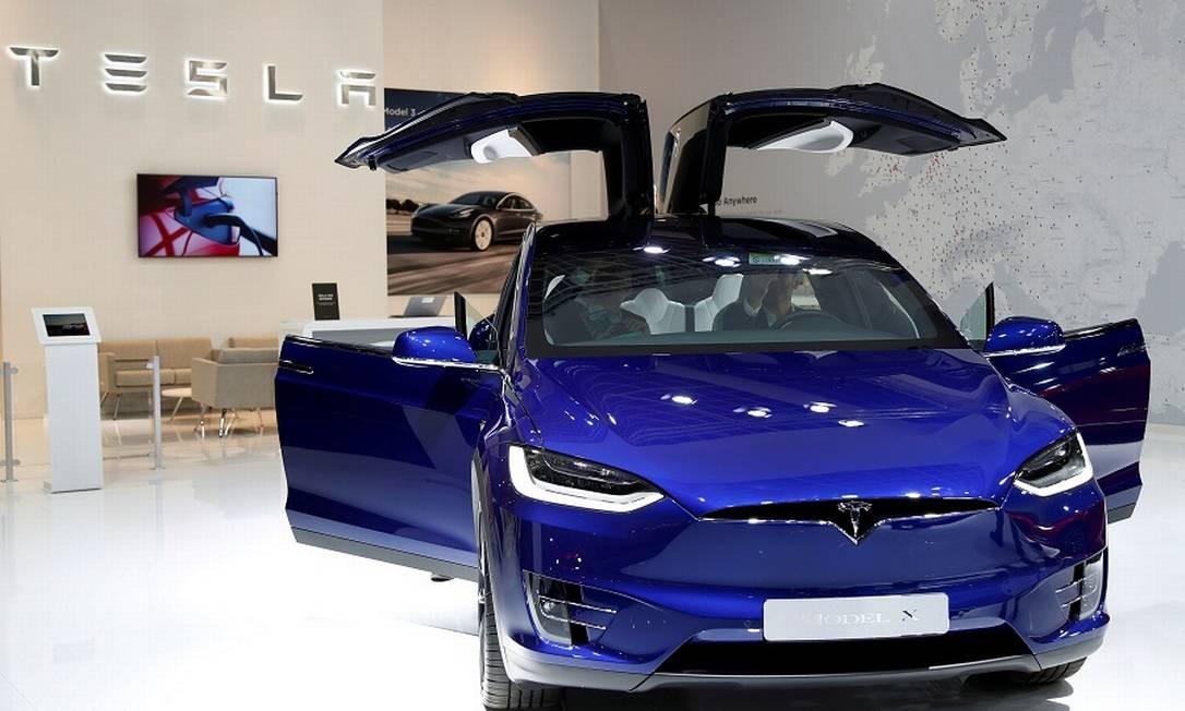 Um dos modelos da Tesla. Foto: Francois Lenoir / REUTERS
