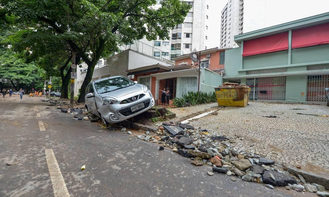 DEPOIS: Rua Bárbara Heliodora, em Lourdes, Belo Horizonte Foto: O Tempo / Agência O Globo