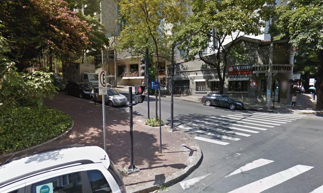 DEPOIS: Rua Marília Dirceu, no entorno da Praça João Luiz Alves, no bairro de Lourdes Foto: Reprodução / Google Street View