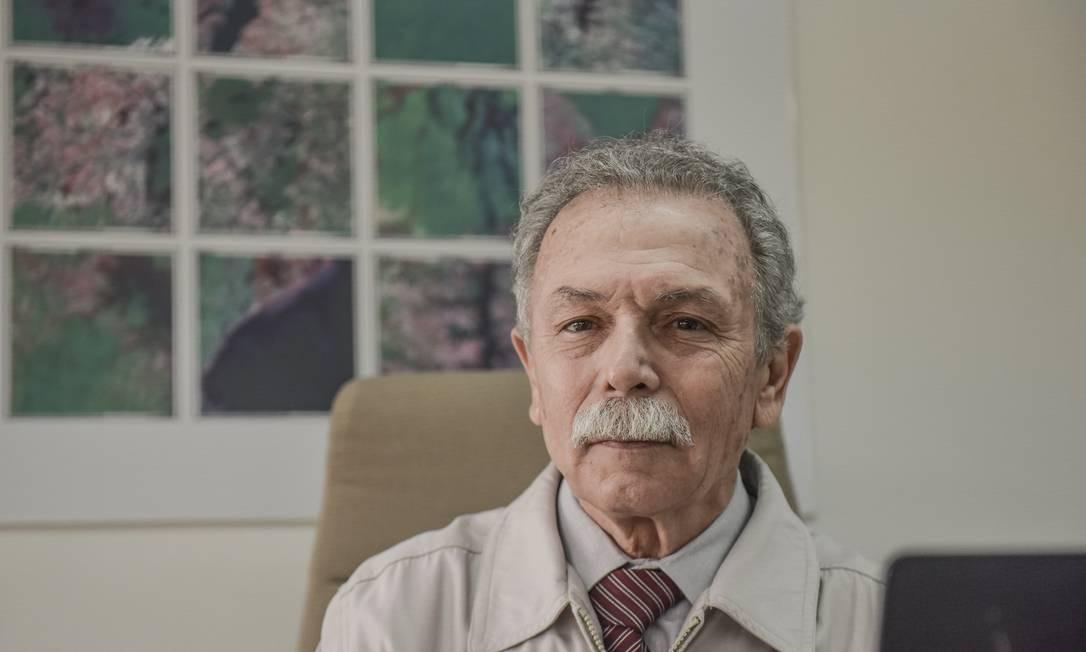 O ex-diretor do Instituto Nacional de Pesquisas Espaciais Ricardo Galvão voltou a dar aulas de física na universidade Foto: Lucas Lacaz Ruiz / Agência O Globo