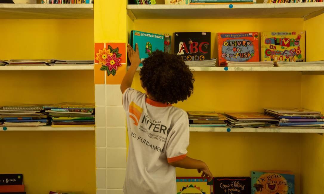 Escolas municipais são as que menos têm bibliotecas Foto: Brenno Carvalho/15.05.2019 / Agência O Globo