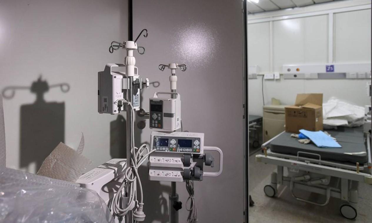 Hospital foi construído em dez dias para tratar paciente do coronavírus Foto: STR / AFP