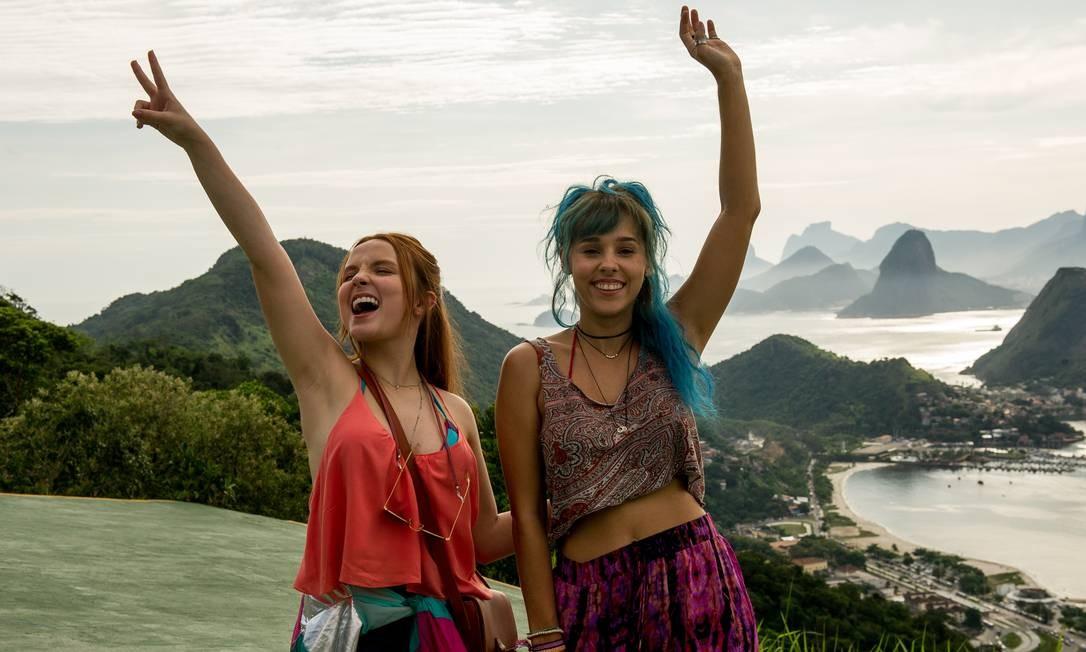 """Larissa Manoela e Thati Lopes gravaram cenas do filme """"Diários de Intercâmbio"""" no Parque da Cidade Foto: Mariana Vianna / Divulgação"""