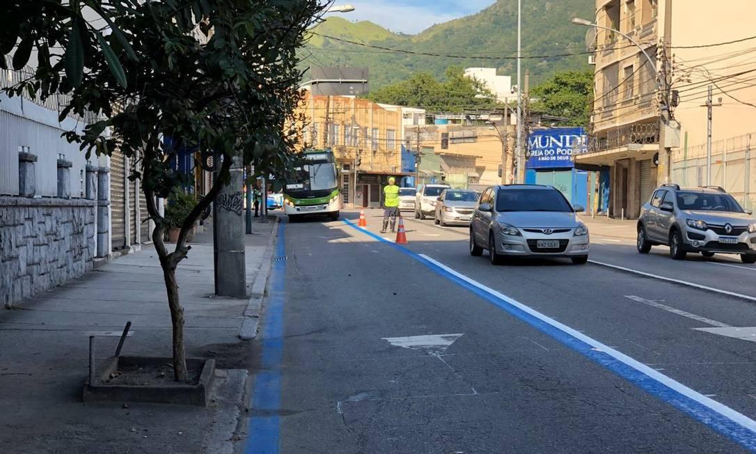 Corredor BRS da Rua Teodoro da Silva, em Vila Isabel, foi reduzido para melhorar fluidez do trânsito Foto: Divulgação