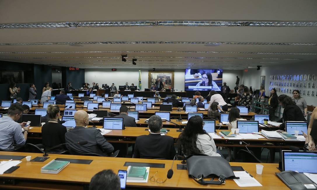 Comissão de Constituição e Justiça (CCJ) da Câmara: uma das mais visadas pelas siglas Foto: Jorge William / Agência O Globo