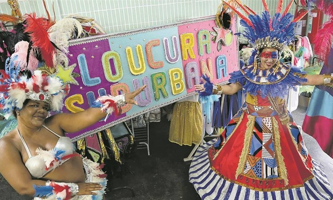 Bloco Loucura Suburbana desfila pelas ruas do Engenho de Dentro há 20 carnavais Foto: Pedro Teixeira
