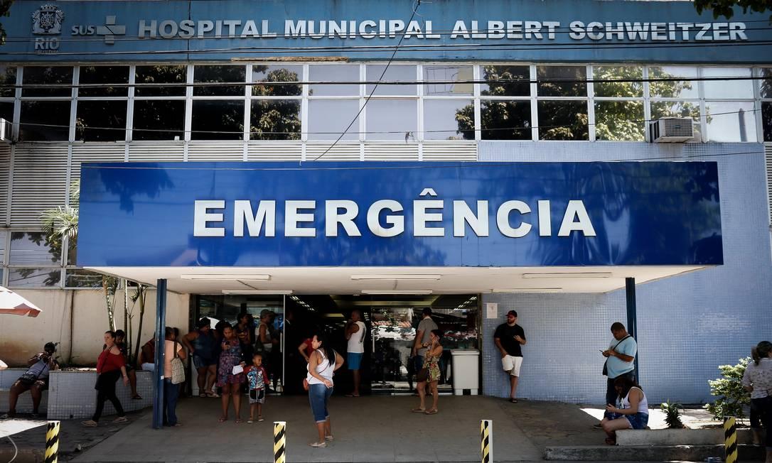 O Hospital Albert Schweitzer, uma das unidades em que funcionários ficararam com salario atrasado Foto: Roberto Moreyra / Agência O Globo / 02-10-2019