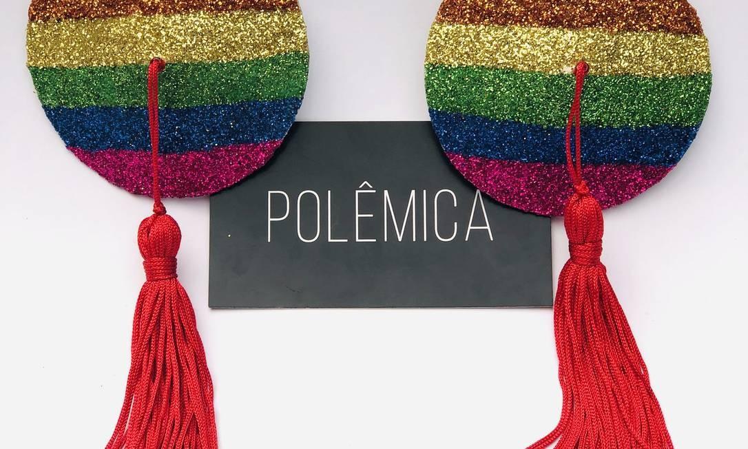Tapa-teta de torta de arco-íris, por Mayara Bitencourt (@seja.polemica) Foto: Divulgação