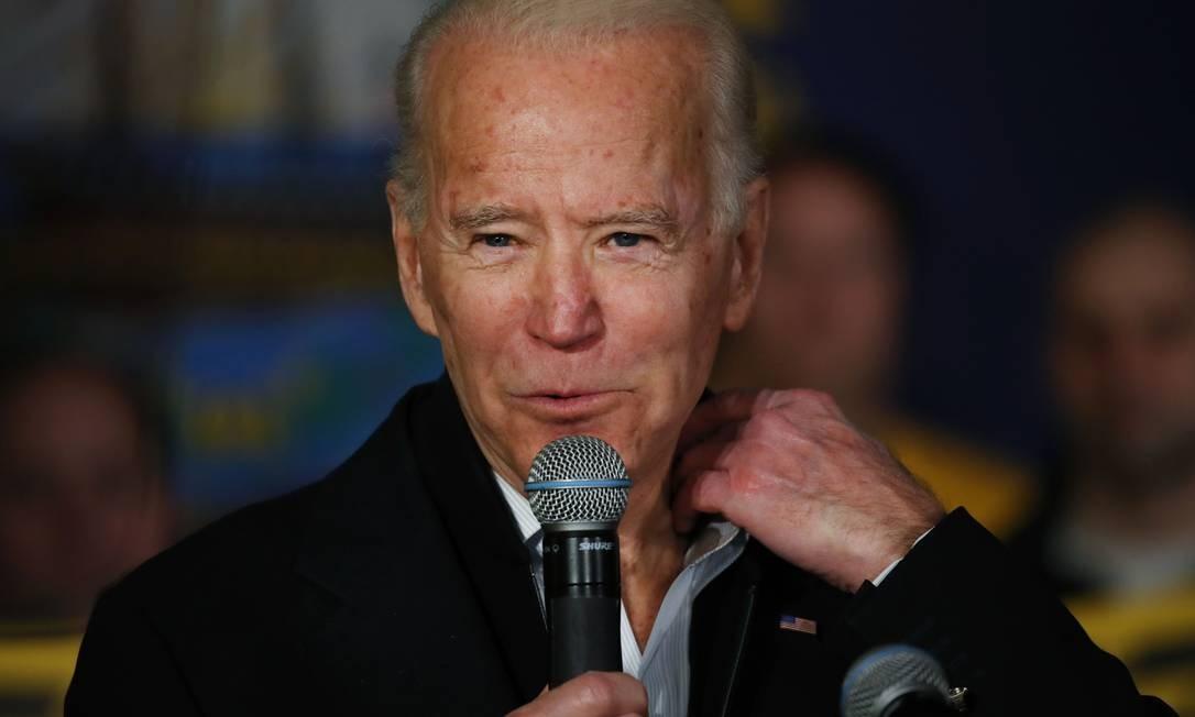 Ex-vice-presidente e pré-candidato à Presidência, Joe Biden faz campanha em New Hampshire antes das primárias da semana que vem Foto: SPENCER PLATT / AFP