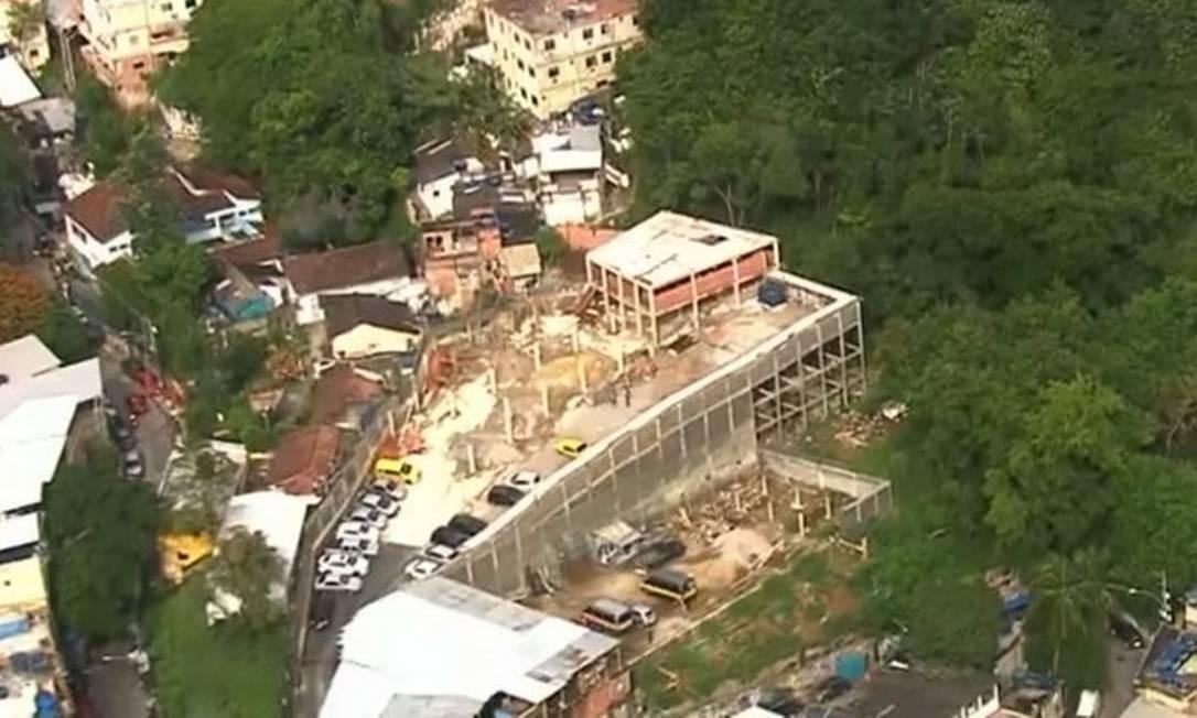 Condomínio irregular em construção na Ladeira dos Tabajaras Foto: Reprodução/TV Globo