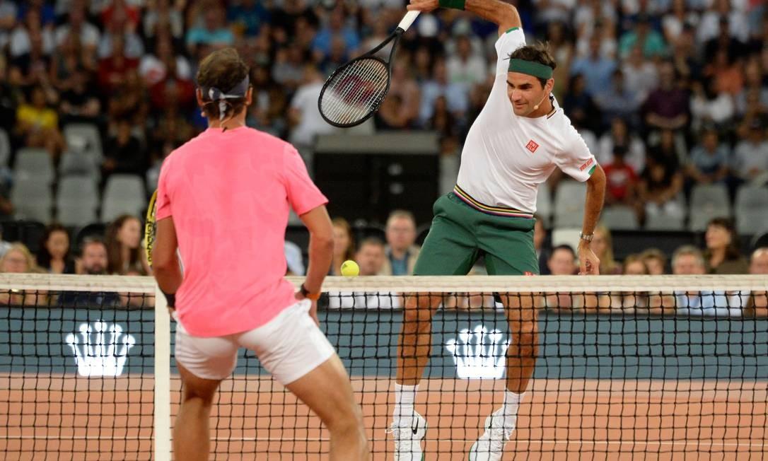 Resultado de imagem para Nadal e Federer fazem amistoso na África do Sul