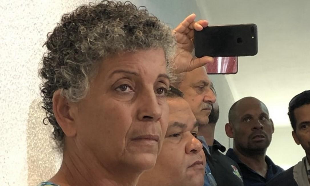Vera Conceição, avó de Anaflavia, acusada de matar os pais e o irmão, fala durante coletiva sobre o crime bárbaro de São Bernardo do Campo, no ABC paulista Foto: Henrique Gomes Batista/O GLOBO