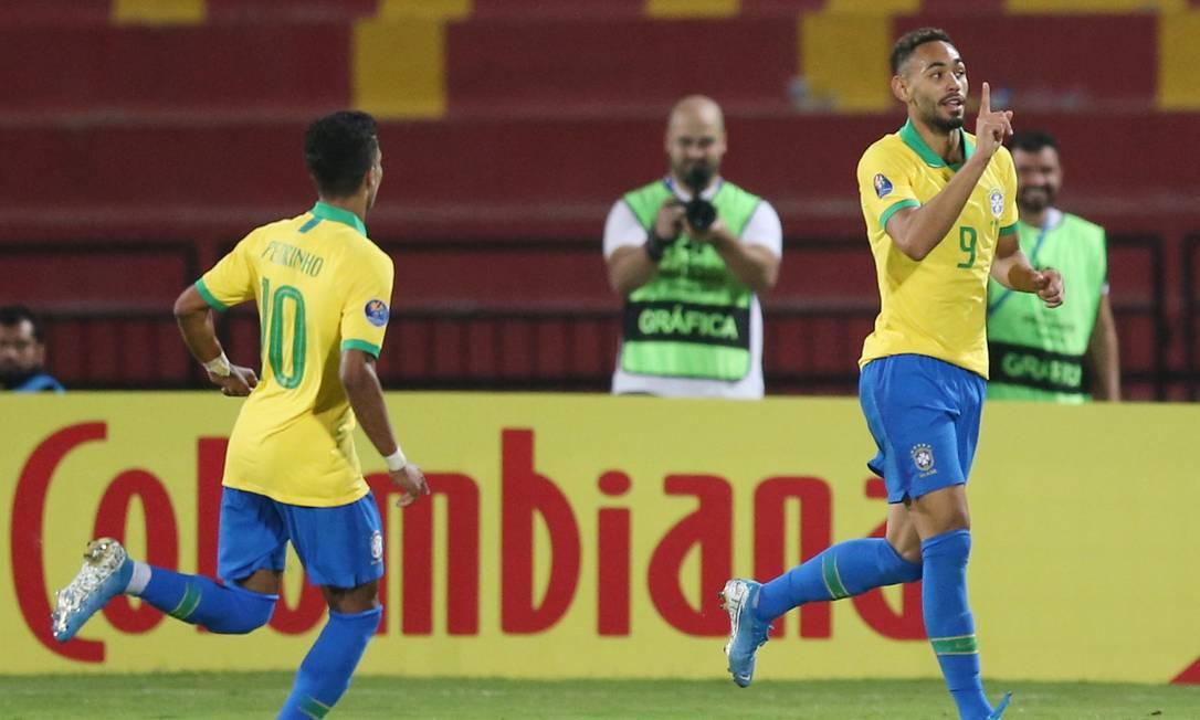 Matheus Cunha comemora um de seus gols Foto: LUISA GONZALEZ / REUTERS